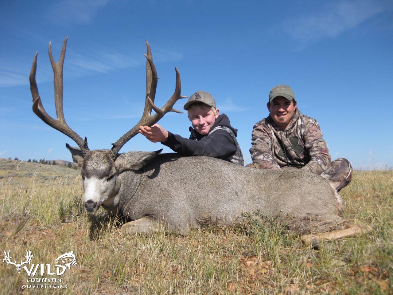 utah buck mule deer hunt (2).jpg