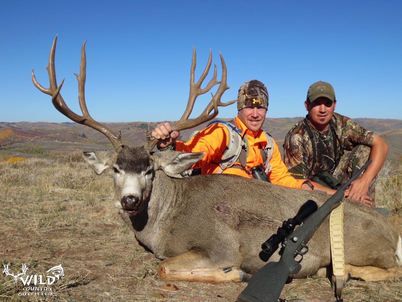 utah buck mule deer hunt under armour kip fulks.jpg
