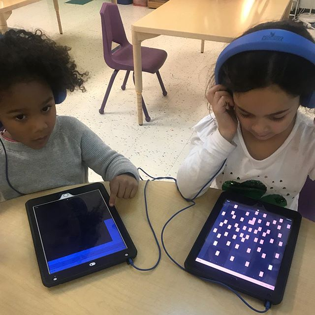 SAFA! workshops at the Co-Op School are the perfect afterschool activity on a rainy day like this!  #sonicartsforall . . . . . . #nyc #brooklyn #music #musictechnology #musictech #children #education #kids  #newyorkcity #sonicarts #soundart #sound #tech #classroom #musiclessons #learning #musiceducation  #electronicmusic #synths #midi #musiced #newyork #specialed #specialeducation