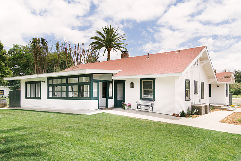 west cottage - 4 bedroom, 3 bathroom cottage with lux living spaces, full kitchen and private courtyard. 1650 square feet.Still available: • 2 Queen adjoining bedrooms with private bathFull house accommodates 6-8 adults + children.