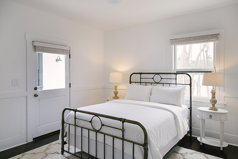 $2200 / 2 nightswestcottage 2 Queen Bedrooms - up to 4 adults + childrenTwo Adjoining Queen Bedrooms with private bathroom. Use of lux shared living spaces and full kitchen. Complimentary crib or children's floor mat included upon request.