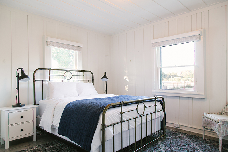 $1450 / 2 nightscanary palm queen bedroom - 2 adults + childrenOne Queen bedroom with private bath in this classic three-bedroom, three-bathroom house. Shared lux living spaces and full kitchen.Complimentary crib or children's floor mats provided upon request.