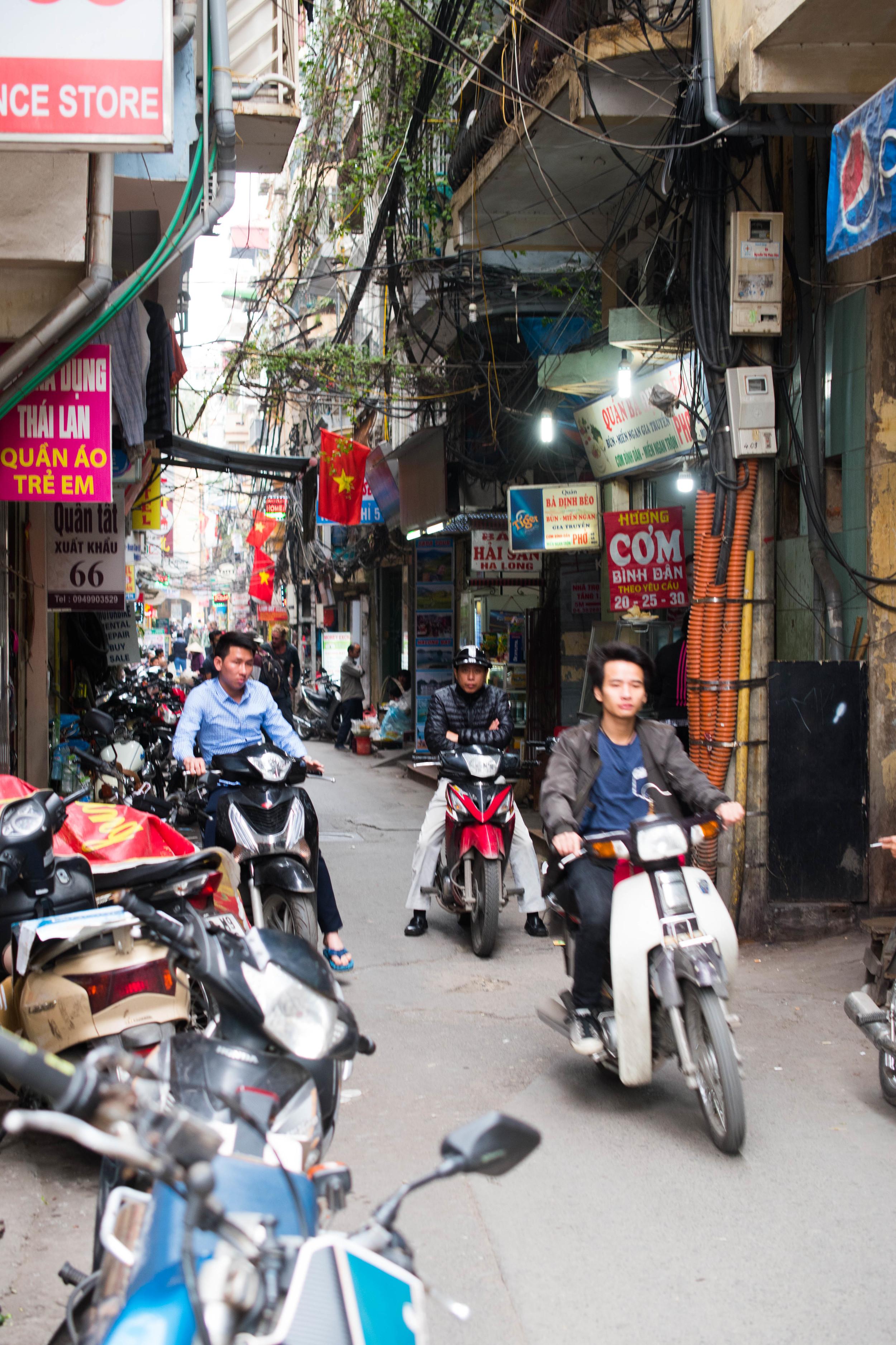 Vietnam16_Hanoi-0010.jpg