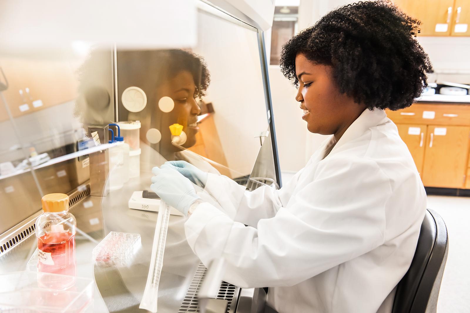 Athens & Atlanta Higher Education Photographer  STEM, Science, Technology, Engineering, Medical & Lab