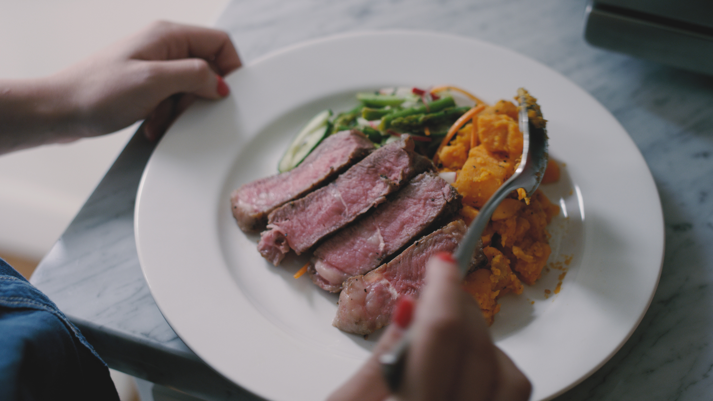 los angeles-food-steak-dinner-meal-prizm-commercial-woodwalk