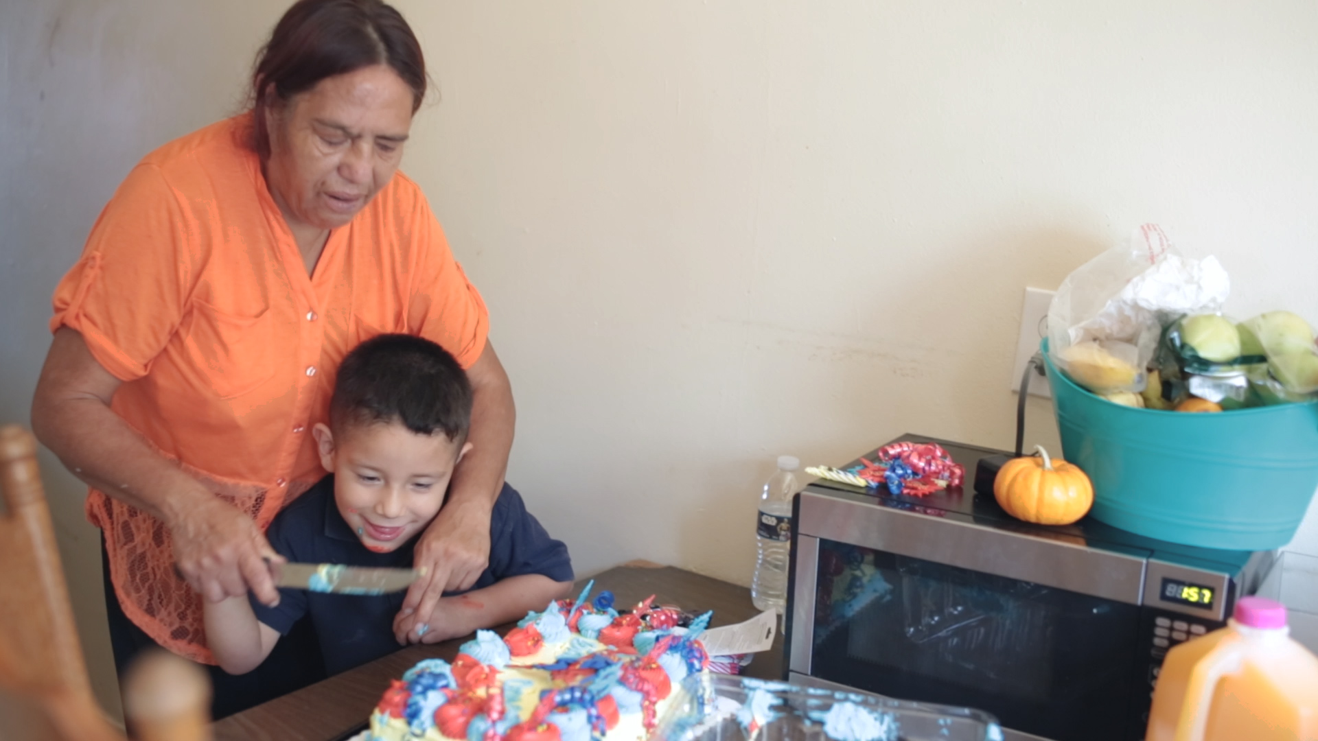 woodwalk-commercial-video-communigift-los angeles-birthday-party-boy-grandmother-cake