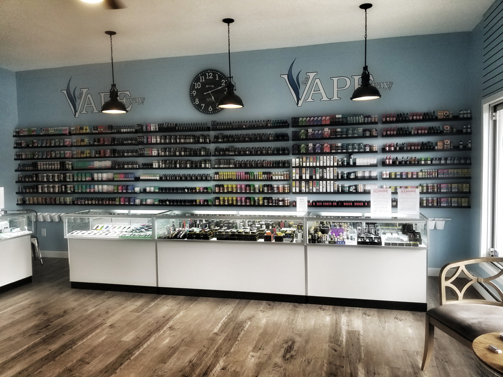 The_Vape_Way_Buzzards_Bay_Inside4.jpg