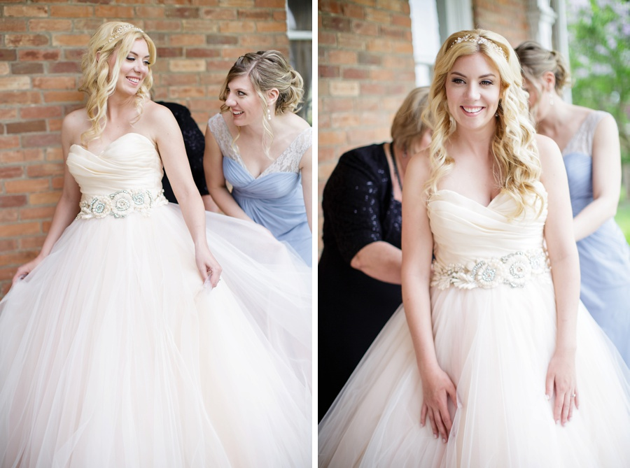 barn-wedding-rustic-wedding-lazaro-gown-tremblay-farms-ontario-farm-wedding_0007