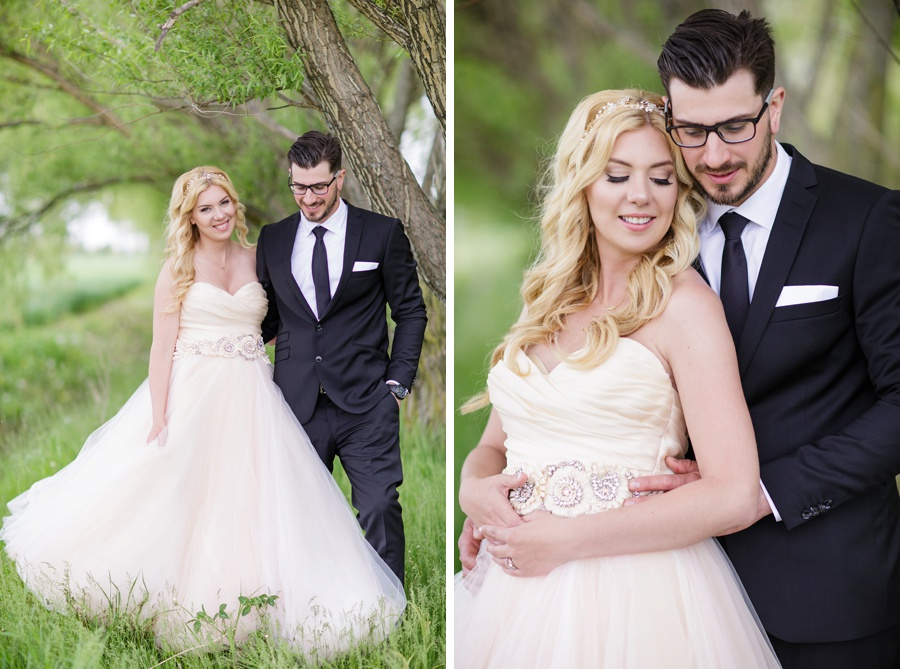 barn-wedding-rustic-wedding-lazaro-gown-tremblay-farms-ontario-farm-wedding_0020