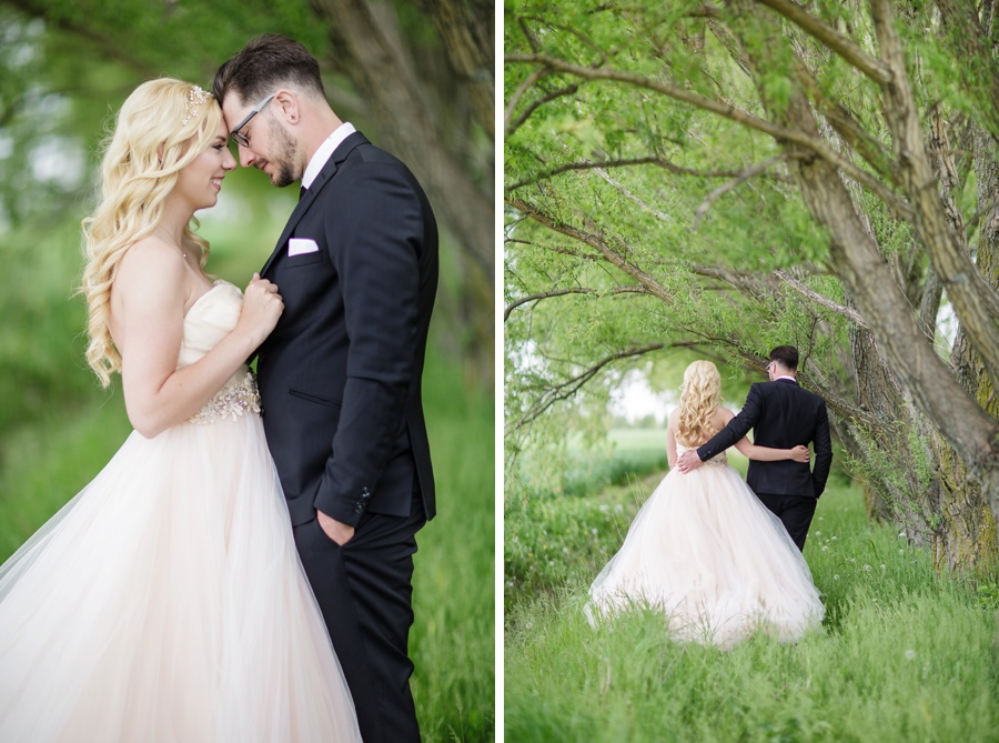 barn-wedding-rustic-wedding-lazaro-gown-tremblay-farms-ontario-farm-wedding_0022