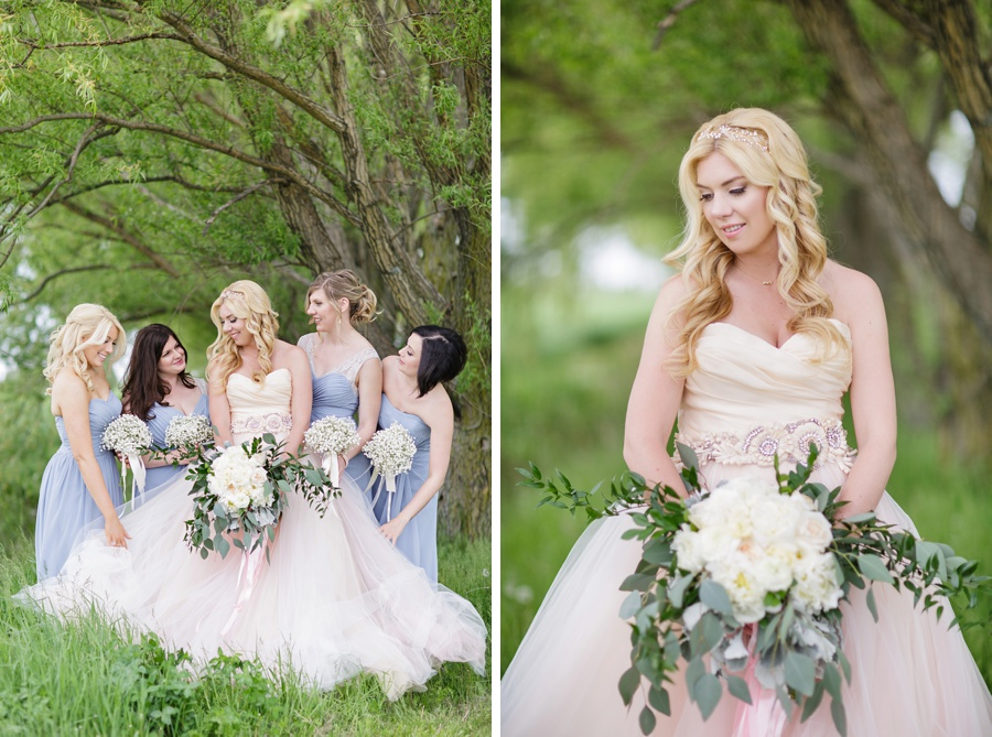 barn-wedding-rustic-wedding-lazaro-gown-tremblay-farms-ontario-farm-wedding_0026