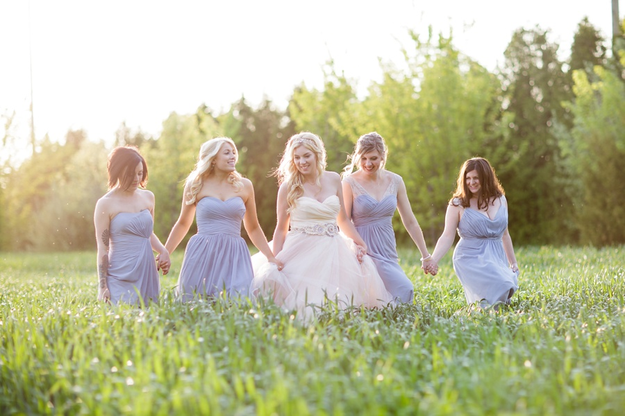 barn-wedding-rustic-wedding-lazaro-gown-tremblay-farms-ontario-farm-wedding_0073