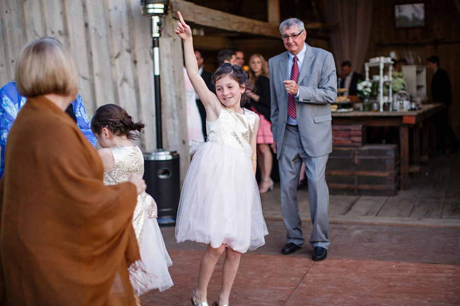 barn-wedding-rustic-wedding-lazaro-gown-tremblay-farms-ontario-farm-wedding_0086