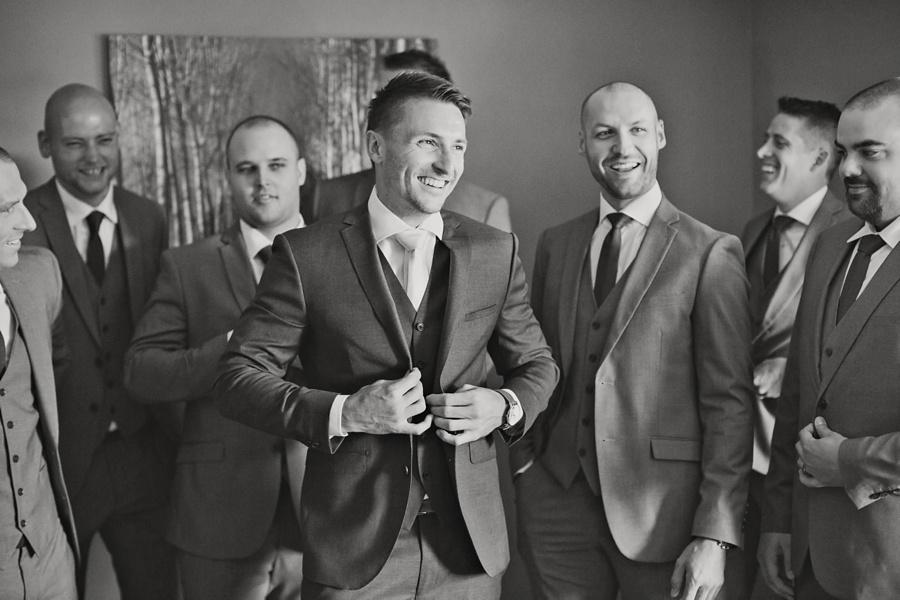windsor-ontario-wedding-photographers-st-clair-center-for-the-arts-wedding-eryn-shea-photography_0021.jpg