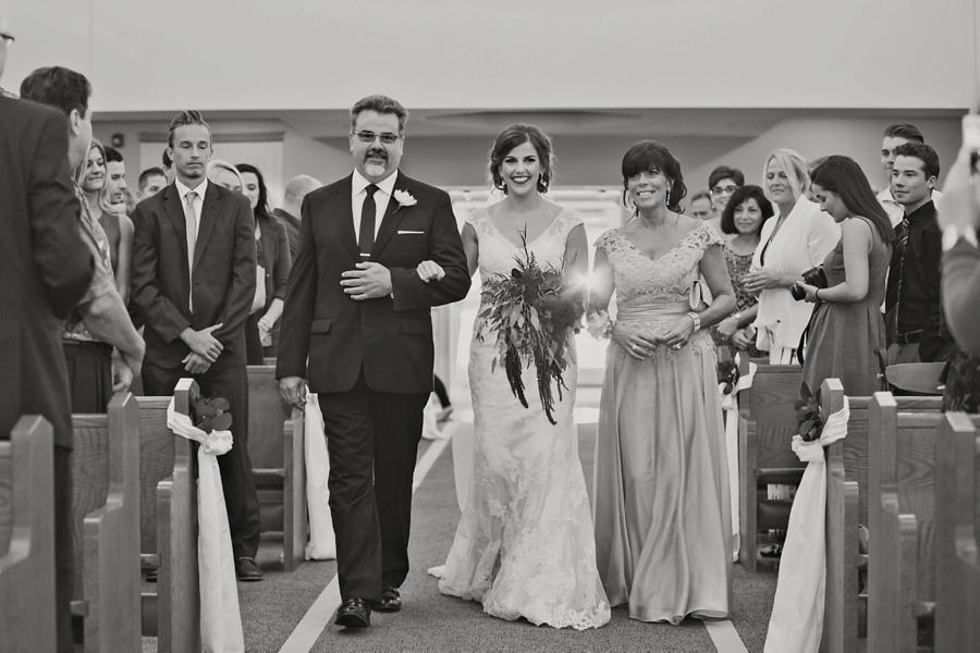 windsor-ontario-wedding-photographers-st-clair-center-for-the-arts-wedding-eryn-shea-photography_0024.jpg