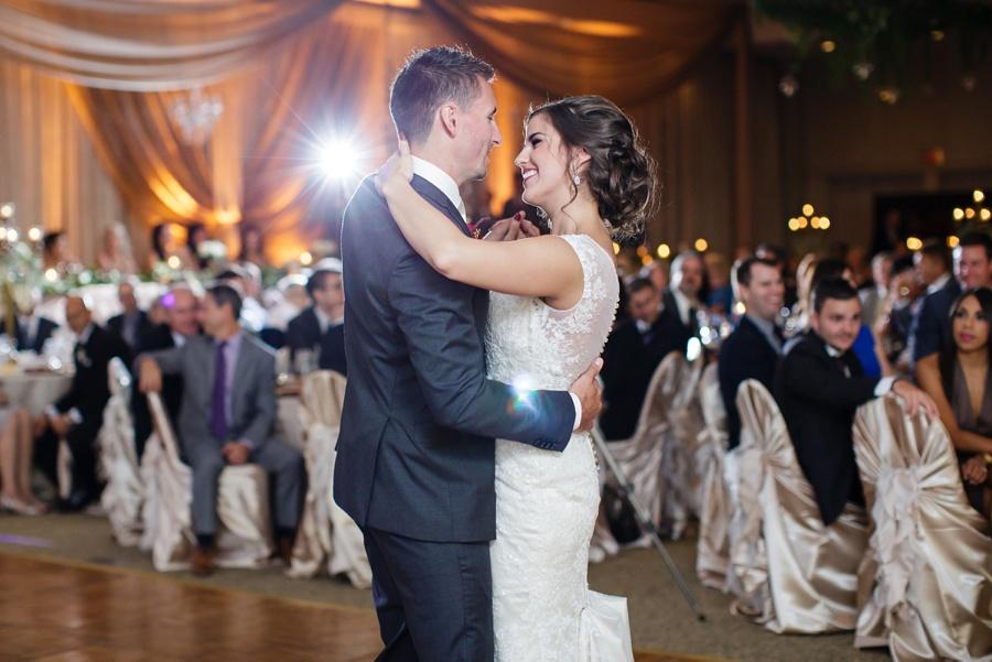 windsor-ontario-wedding-photographers-st-clair-center-for-the-arts-wedding-eryn-shea-photography_0059.jpg