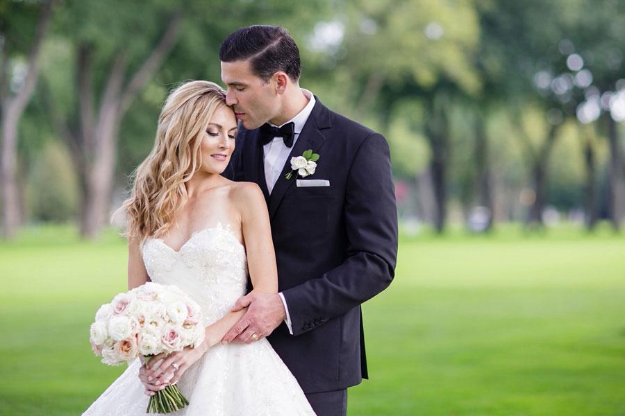 windsor-ontario-wedding-photographers-chic-elegant-wedding-st-clair-center-cjh-florals-allure-events-eryn-shea-photography_0001-1.jpg