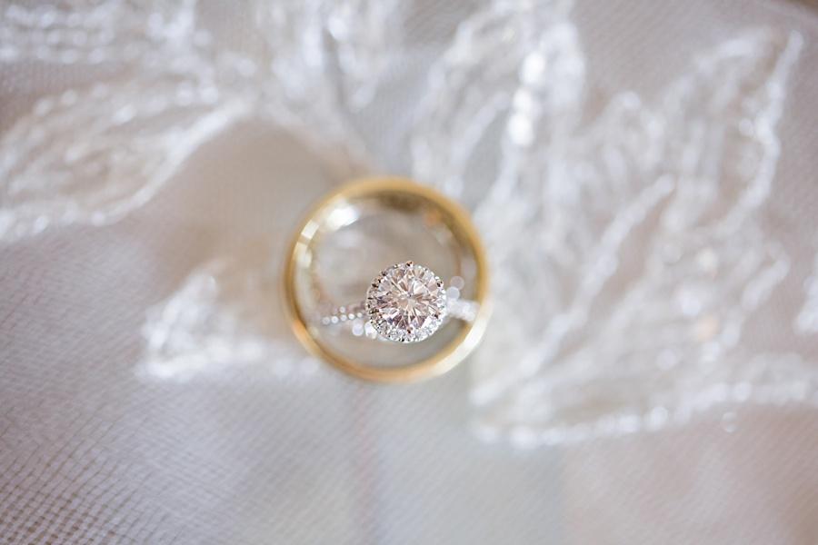 windsor-ontario-wedding-photographers-chic-elegant-wedding-st-clair-center-cjh-florals-allure-events-eryn-shea-photography_0007.jpg