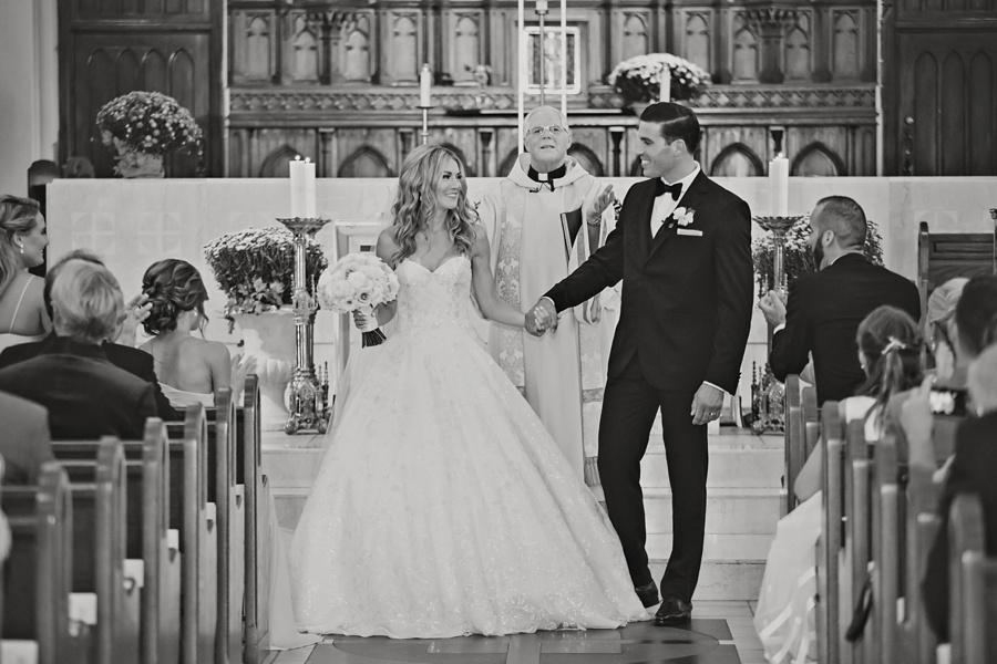 windsor-ontario-wedding-photographers-chic-elegant-wedding-st-clair-center-cjh-florals-allure-events-eryn-shea-photography_0031.jpg