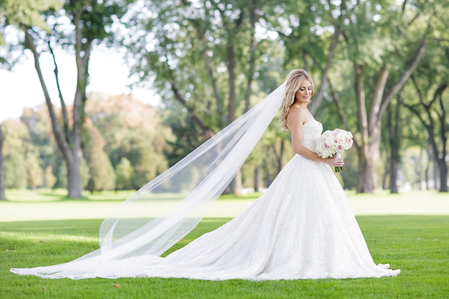 windsor-ontario-wedding-photographers-chic-elegant-wedding-st-clair-center-cjh-florals-allure-events-eryn-shea-photography_0045.jpg
