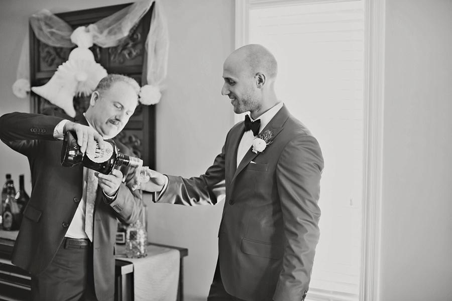 top-windsor-wedding-photographer-elegant-wedding-caboto-club-low-martin-house-eryn-shea-photography_0016.jpg
