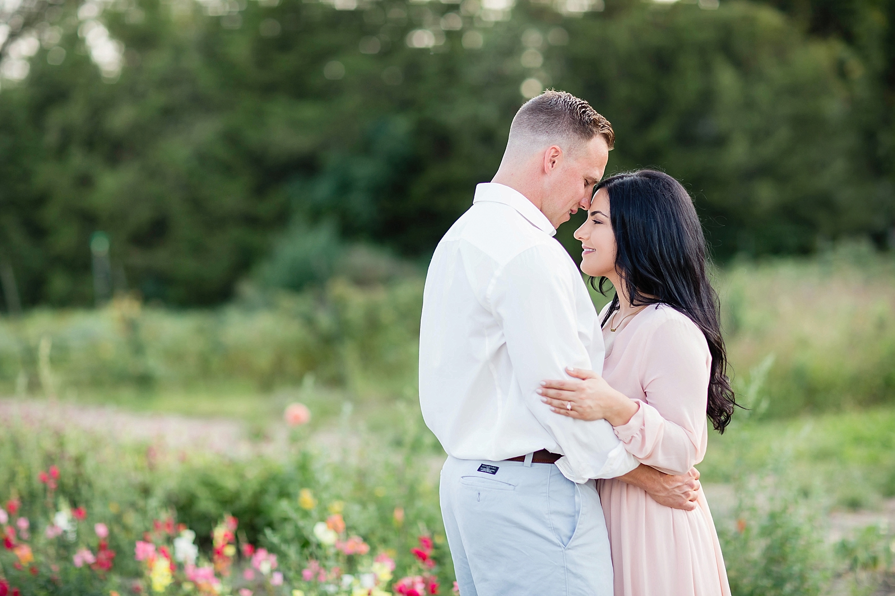 windsor-wedding-engagement-photographer-eryn-shea-photography-field-of-flowers_0015.jpg