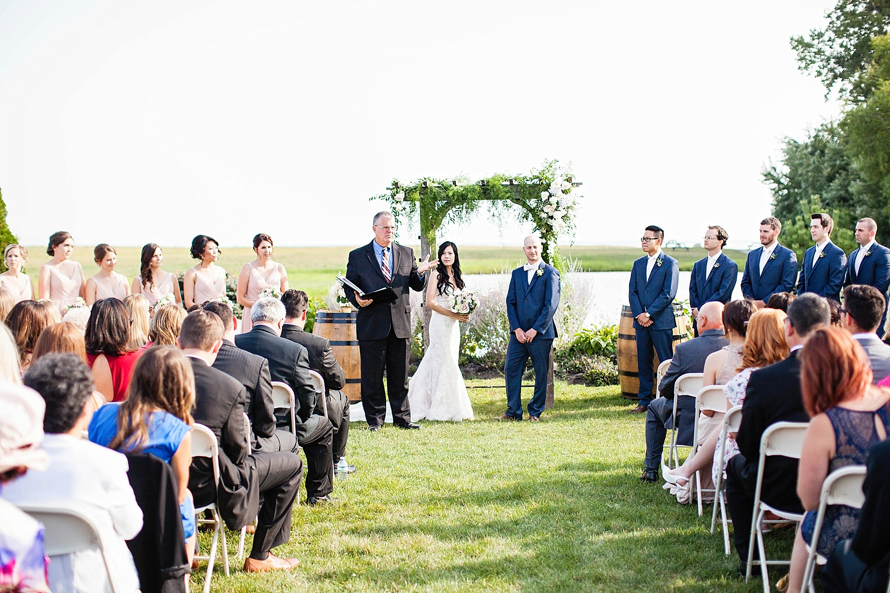 windsor-wedding-photographer-winery-wedding-ontario-sprucewood-shores-niagara-on-the-lake-wedding-photography-eryn-shea-photography_0040.jpg