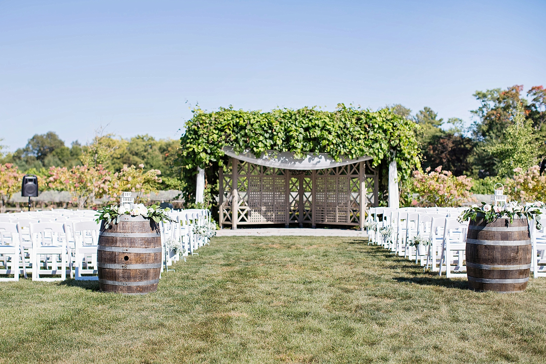 windsor-wedding-photographer-oxley-estate-winery-wedding-ontario-little-bird-event-planning-photography-niagara-on-the-lake-eryn-shea-photography_0057.jpg