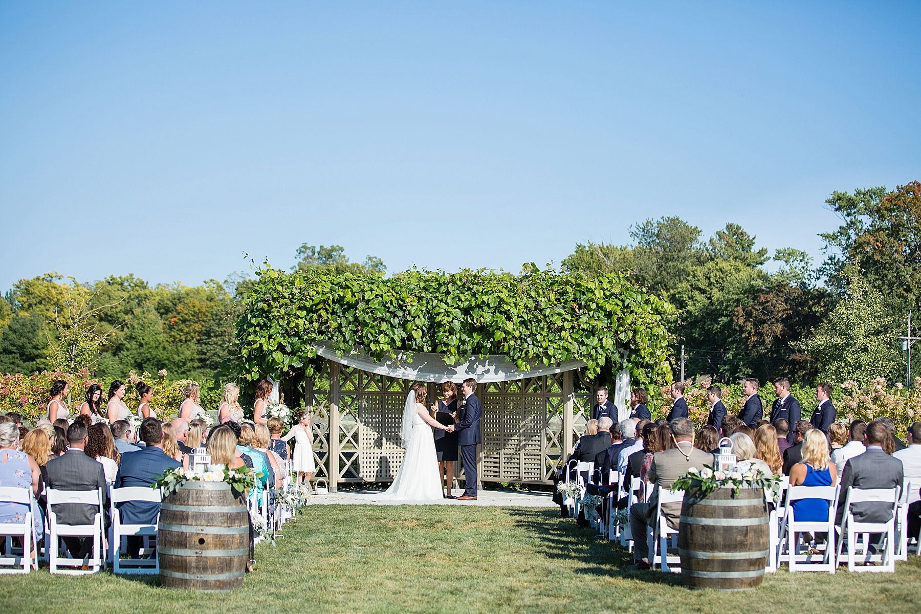 windsor-wedding-photographer-oxley-estate-winery-wedding-ontario-little-bird-event-planning-photography-niagara-on-the-lake-eryn-shea-photography_0065.jpg