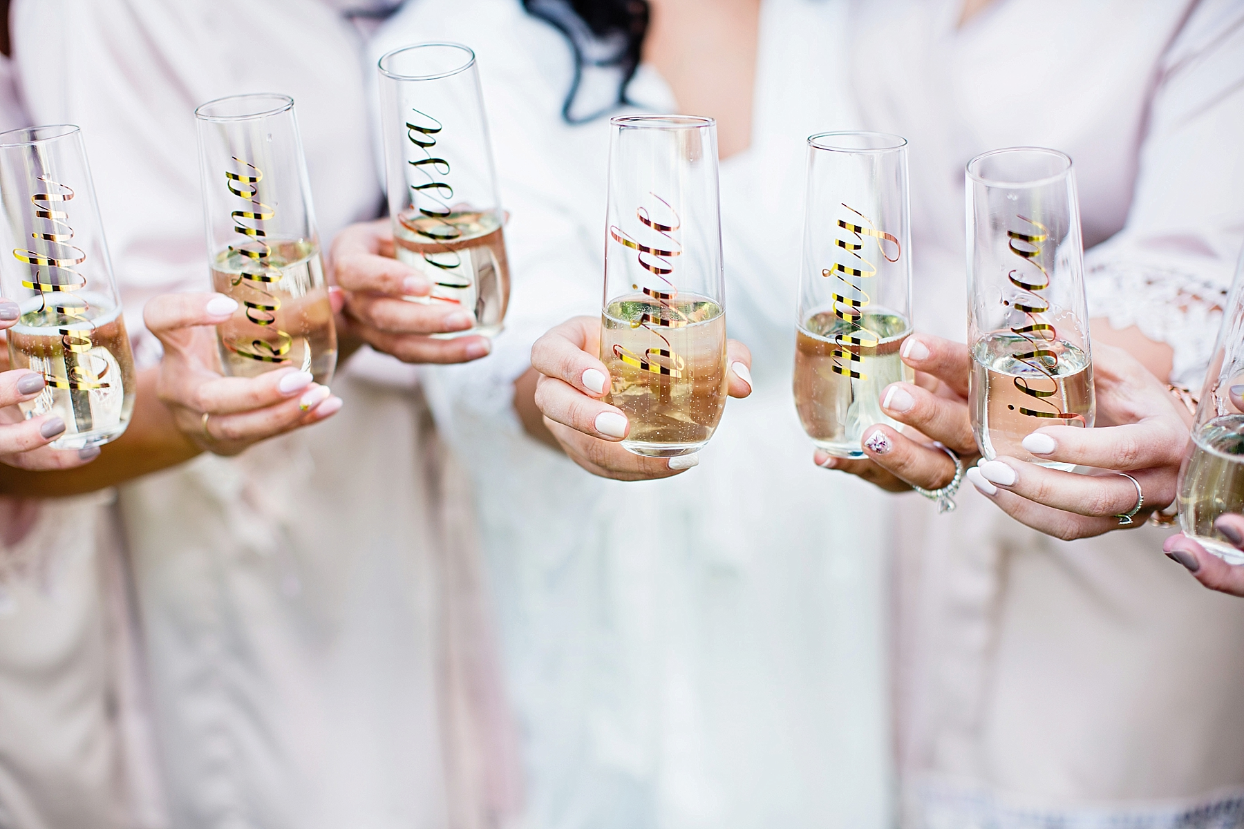 windsor-wedding-photographer-sprucewood-shores-winery-wedding-niagara-on-the-lake-wedding-photographer-eryn-shea-photography_0009.jpg