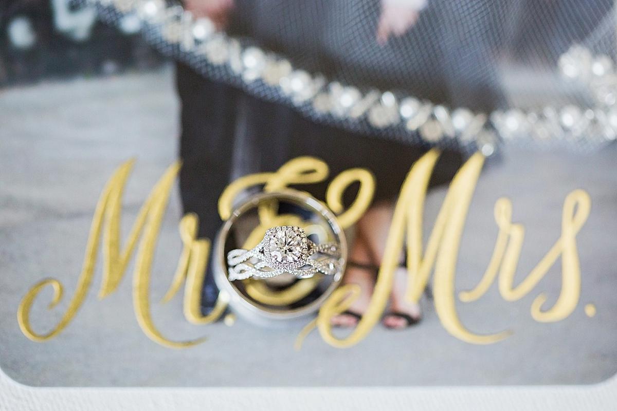windsor-wedding-photographer-waters-edge-bourbon-rose-floral-design-eryn-shea-photography-pronovias-gown_0013.jpg