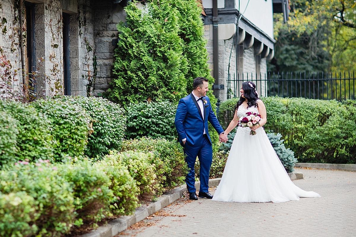 windsor-wedding-photographer-waters-edge-bourbon-rose-floral-design-eryn-shea-photography-pronovias-gown_0048.jpg