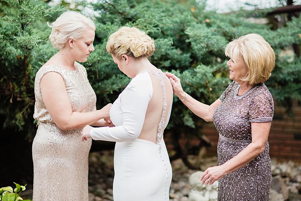 windsor-wedding-photographer-ambassador-golf-club-wedding-eryn-shea-photography_0014.jpg
