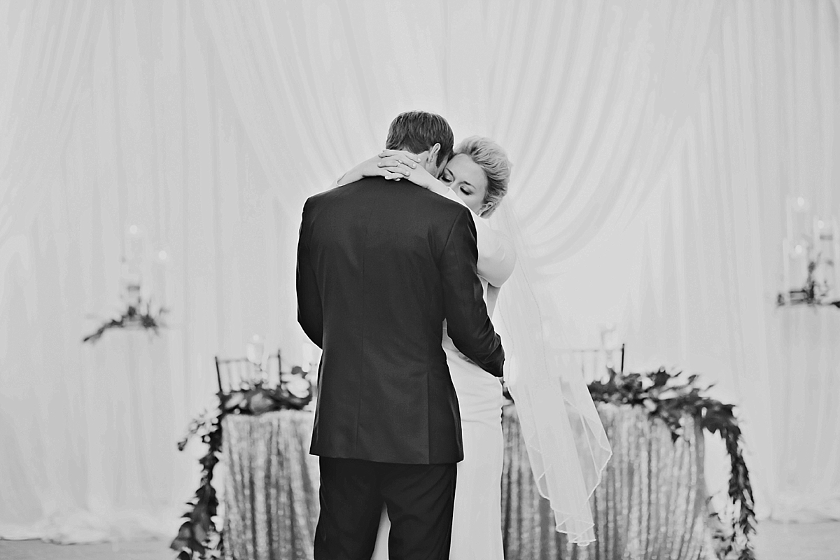 windsor-wedding-photographer-ambassador-golf-club-wedding-eryn-shea-photography_0073.jpg