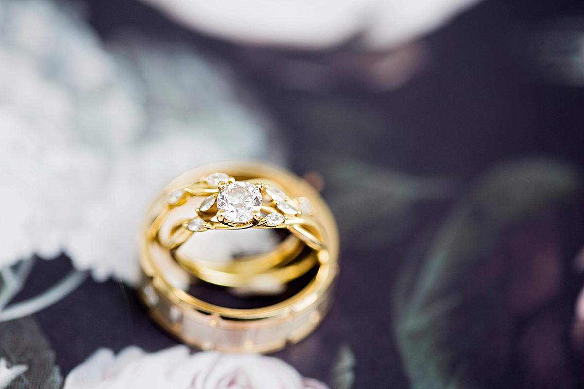 windsor-ontario-wedding-photographer-art-gallery-wedding-weddingbells-magazine-real-wedding-eryn-shea-photography_0007.jpg