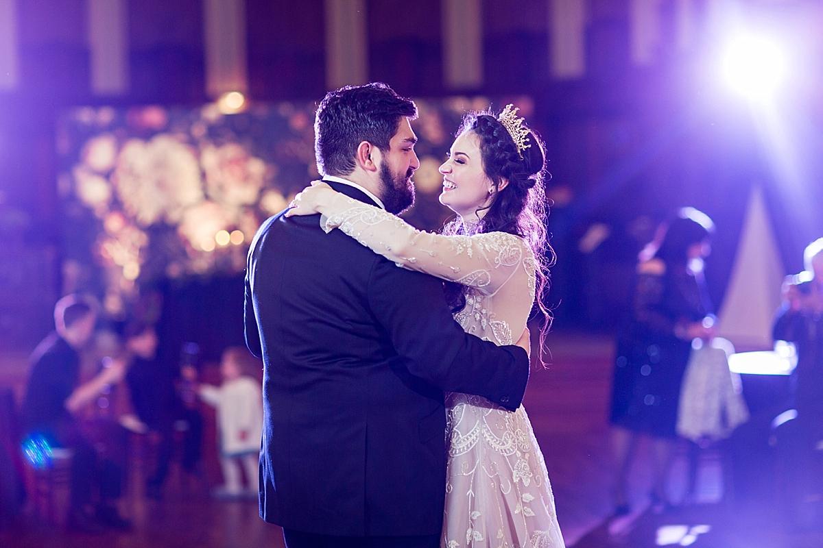 windsor-ontario-wedding-photographer-art-gallery-wedding-weddingbells-magazine-real-wedding-eryn-shea-photography_0093.jpg