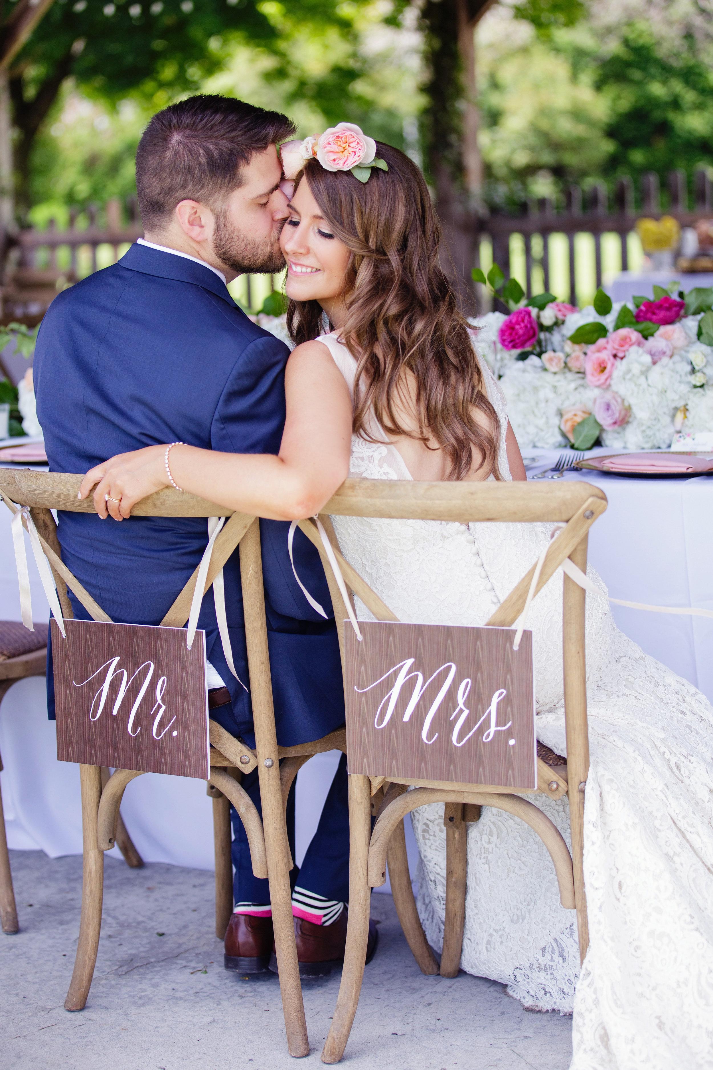 stylish-wedding-photography-windsor-toronto-ontario-wedding-photographer-winery-eryn-shea-photography-12.jpg
