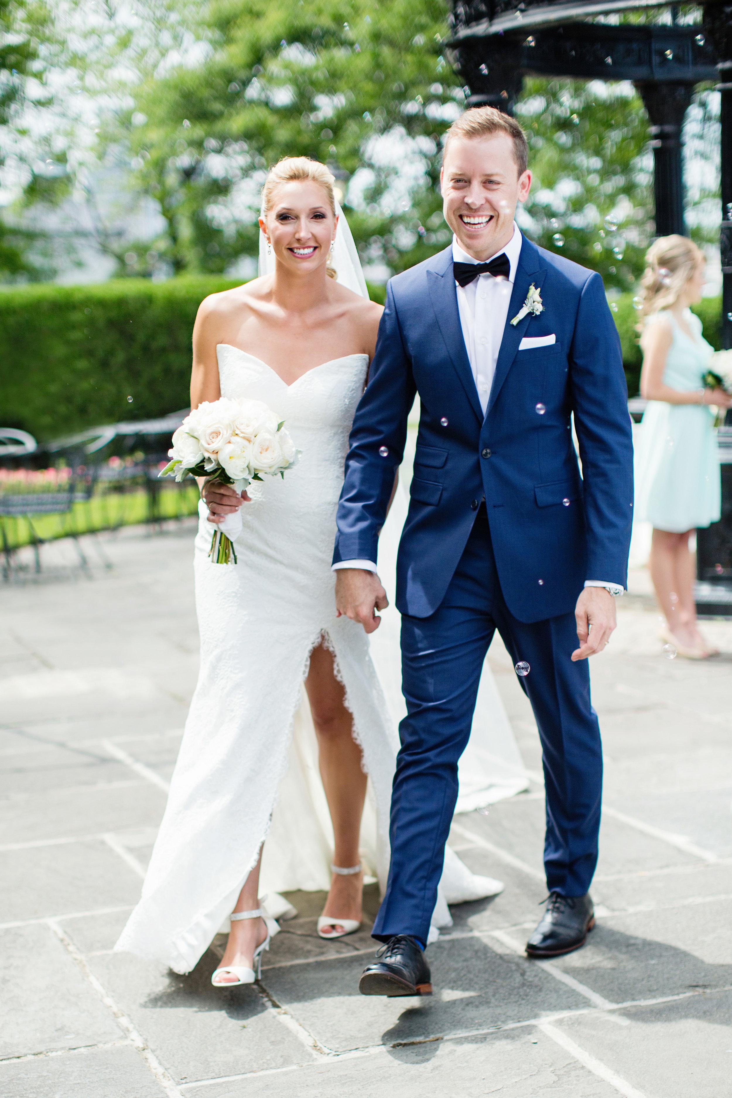 stylish-wedding-photography-windsor-toronto-ontario-wedding-photographer-winery-eryn-shea-photography-14.jpg