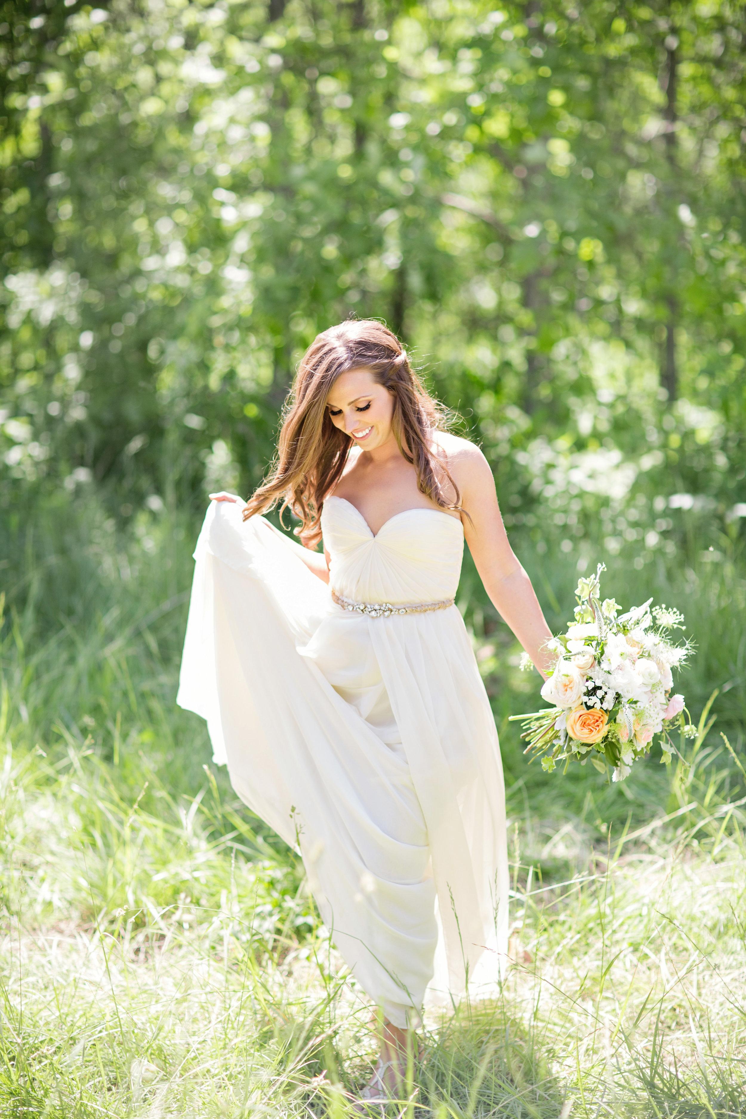 stylish-wedding-photography-windsor-toronto-ontario-wedding-photographer-winery-eryn-shea-photography-15.jpg