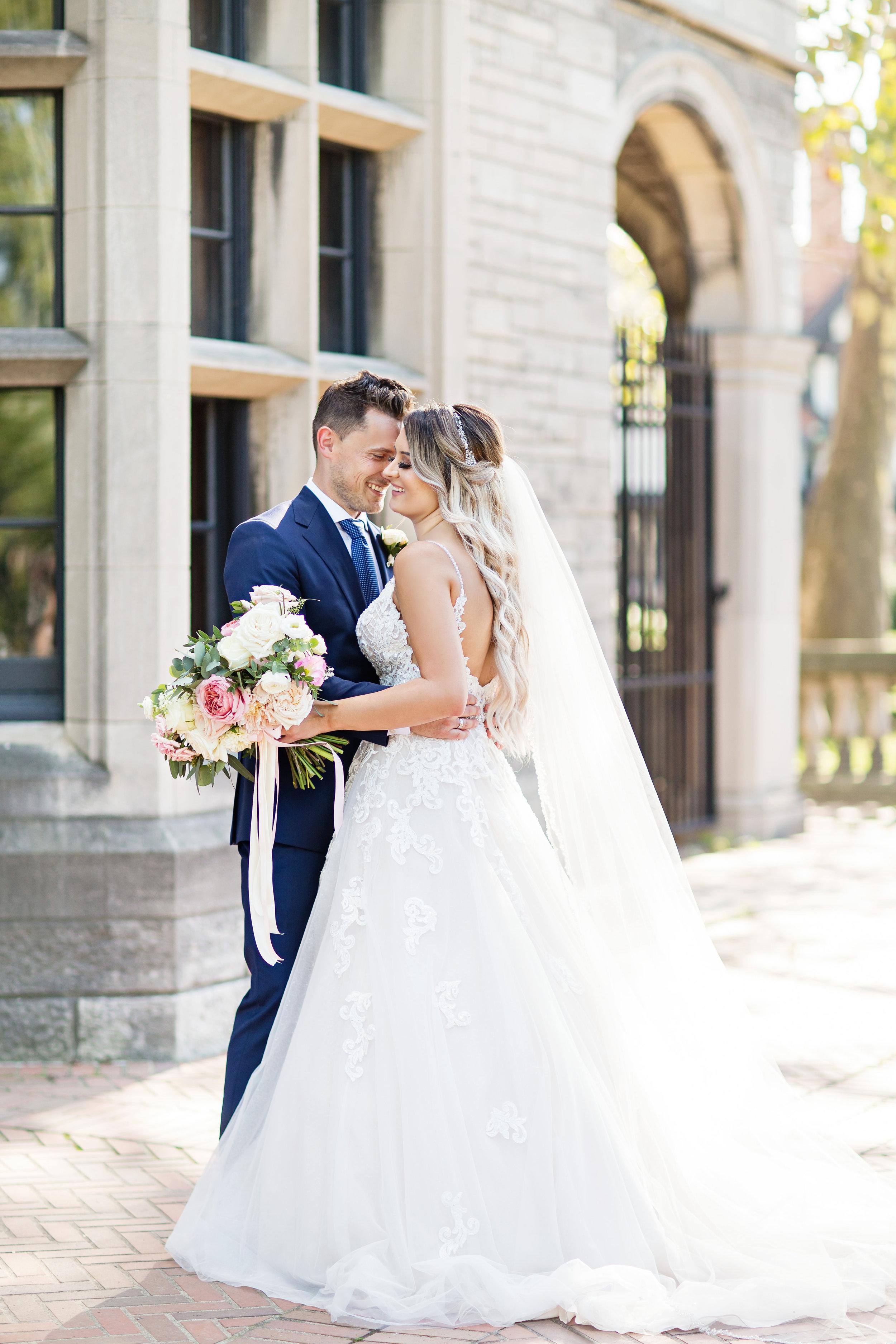 stylish-wedding-photography-windsor-toronto-ontario-wedding-photographer-winery-eryn-shea-photography-19.JPG
