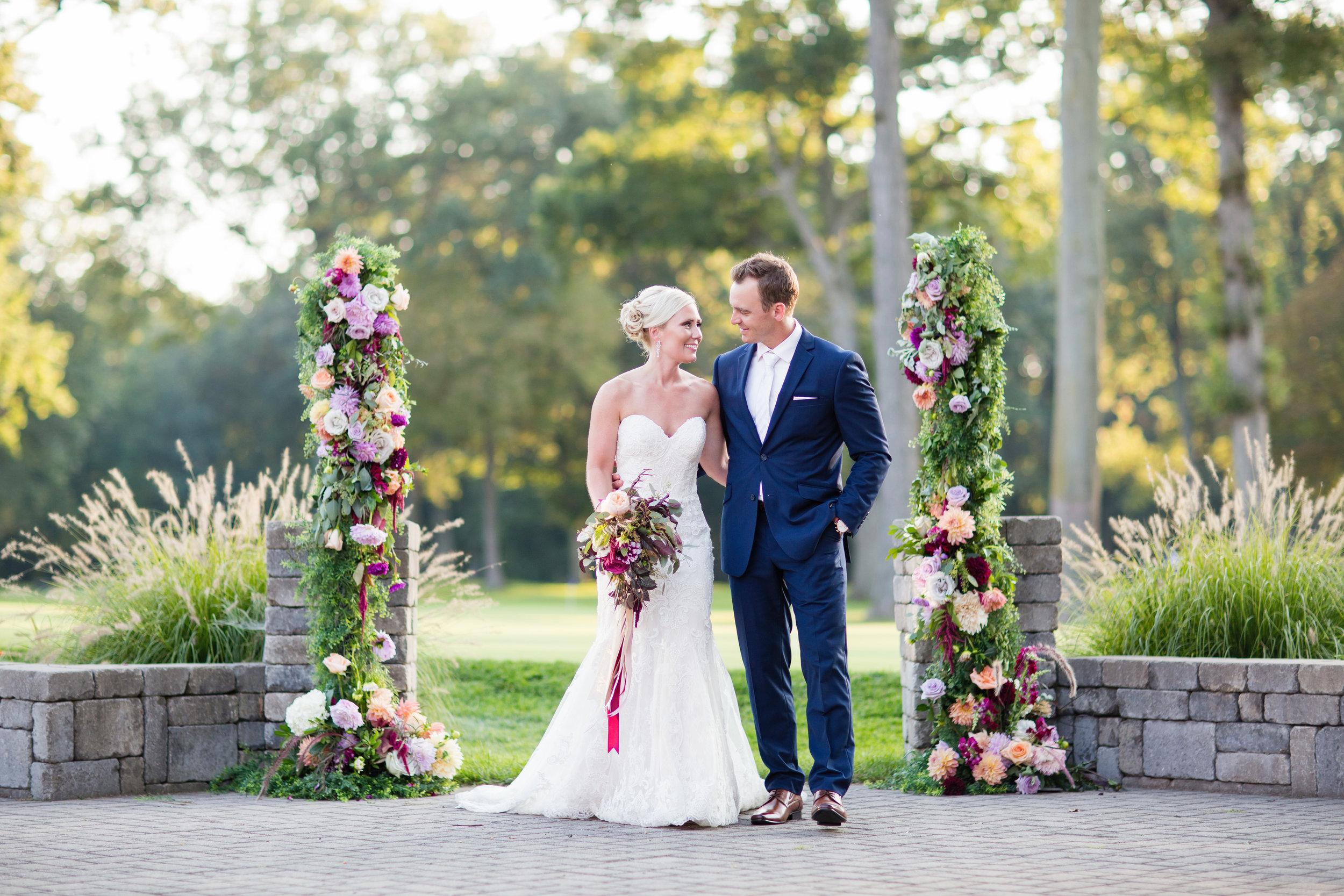 stylish-wedding-photography-windsor-toronto-ontario-wedding-photographer-winery-eryn-shea-photography-20.jpg