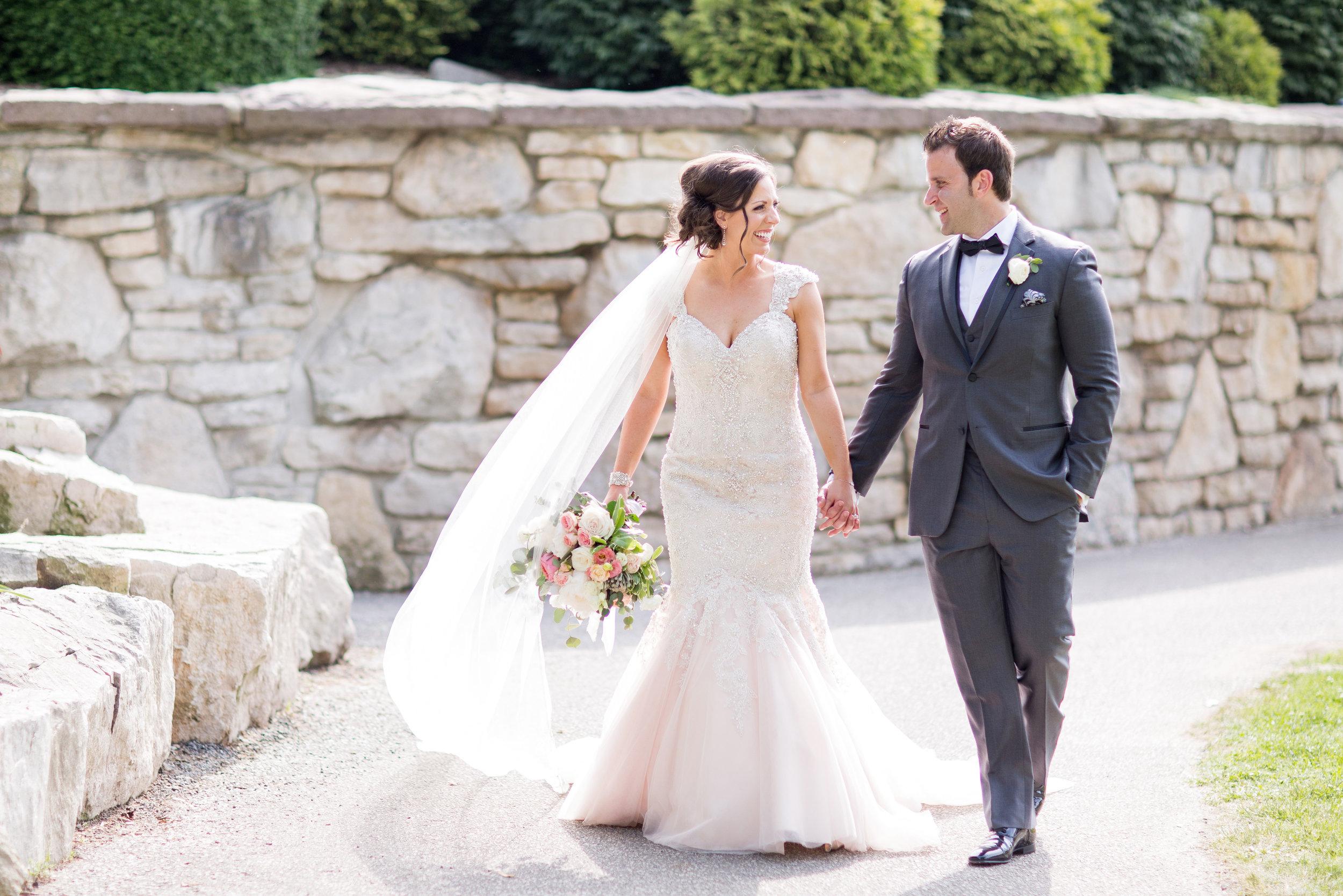 stylish-wedding-photography-windsor-toronto-ontario-wedding-photographer-winery-eryn-shea-photography-22.jpg