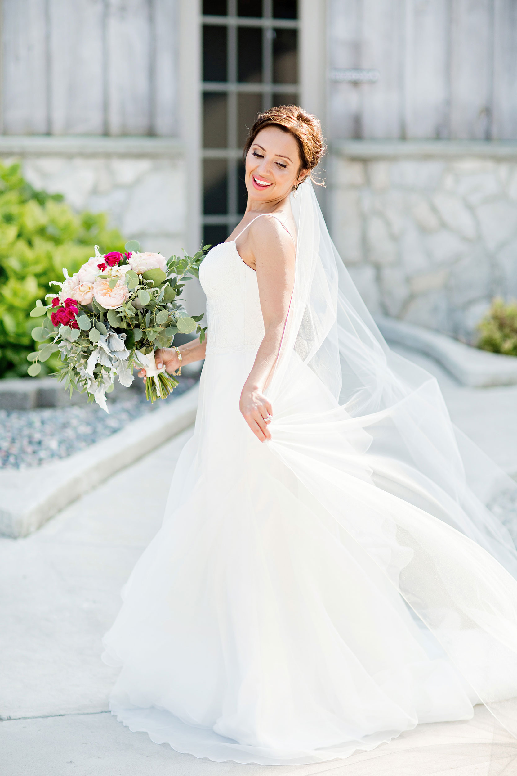 stylish-wedding-photography-windsor-toronto-ontario-wedding-photographer-sprucewood-winery-eryn-shea-photography-37.JPG