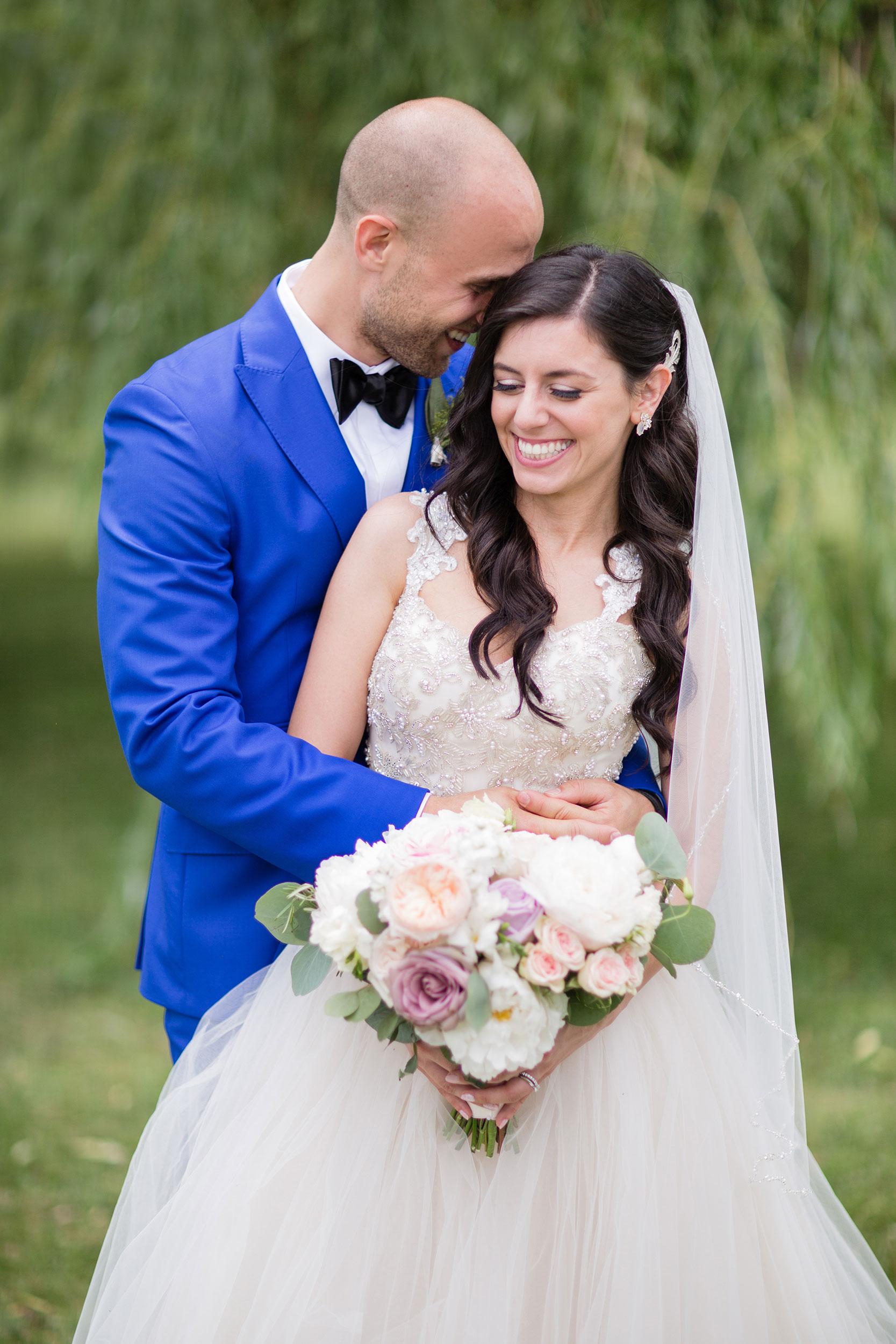 stylish-wedding-photography-windsor-toronto-ontario-wedding-photographer-sprucewood-winery-eryn-shea-photography-42.JPG