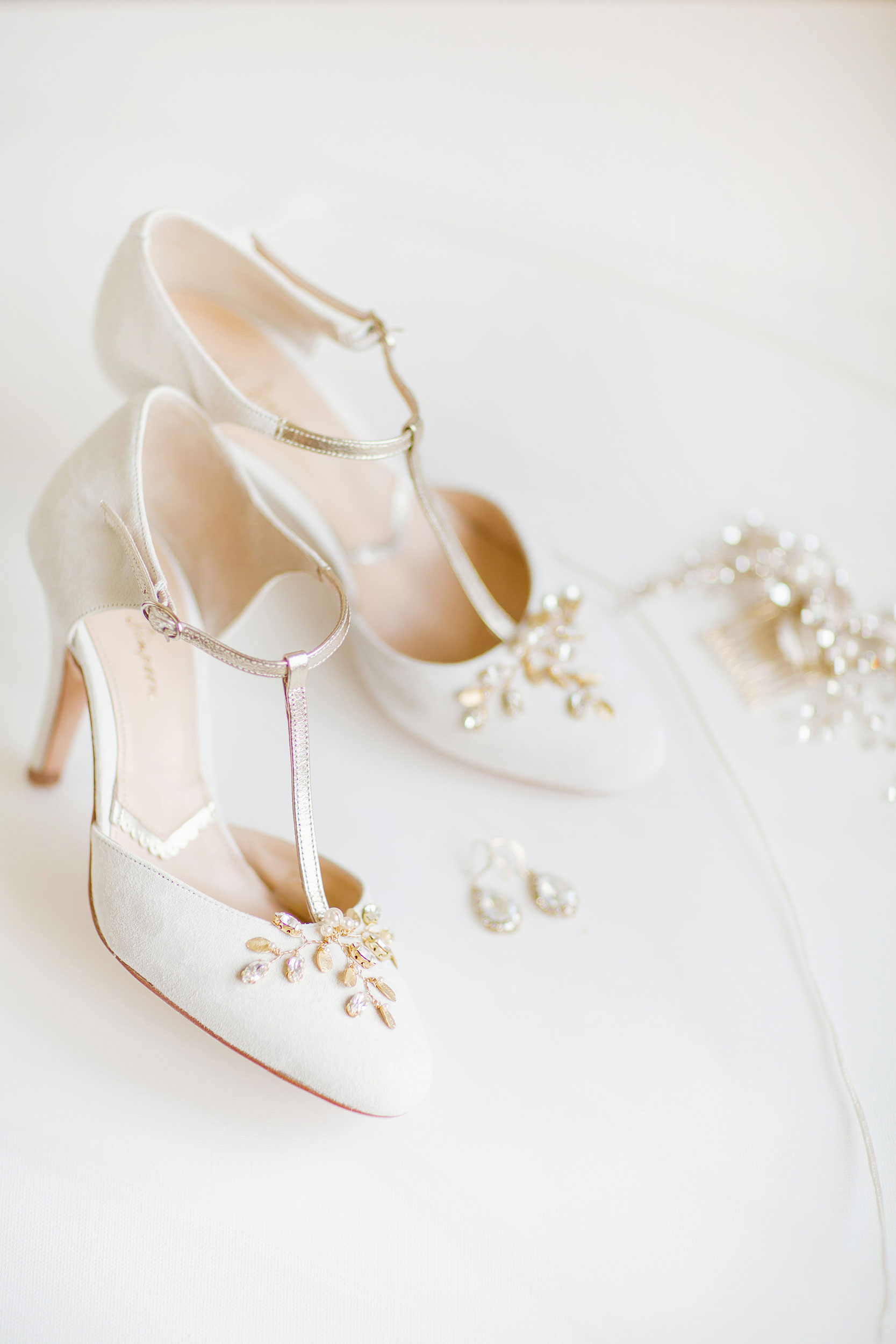 stylish-wedding-photography-windsor-toronto-ontario-wedding-photographer-winery-eryn-shea-photography-31.JPG