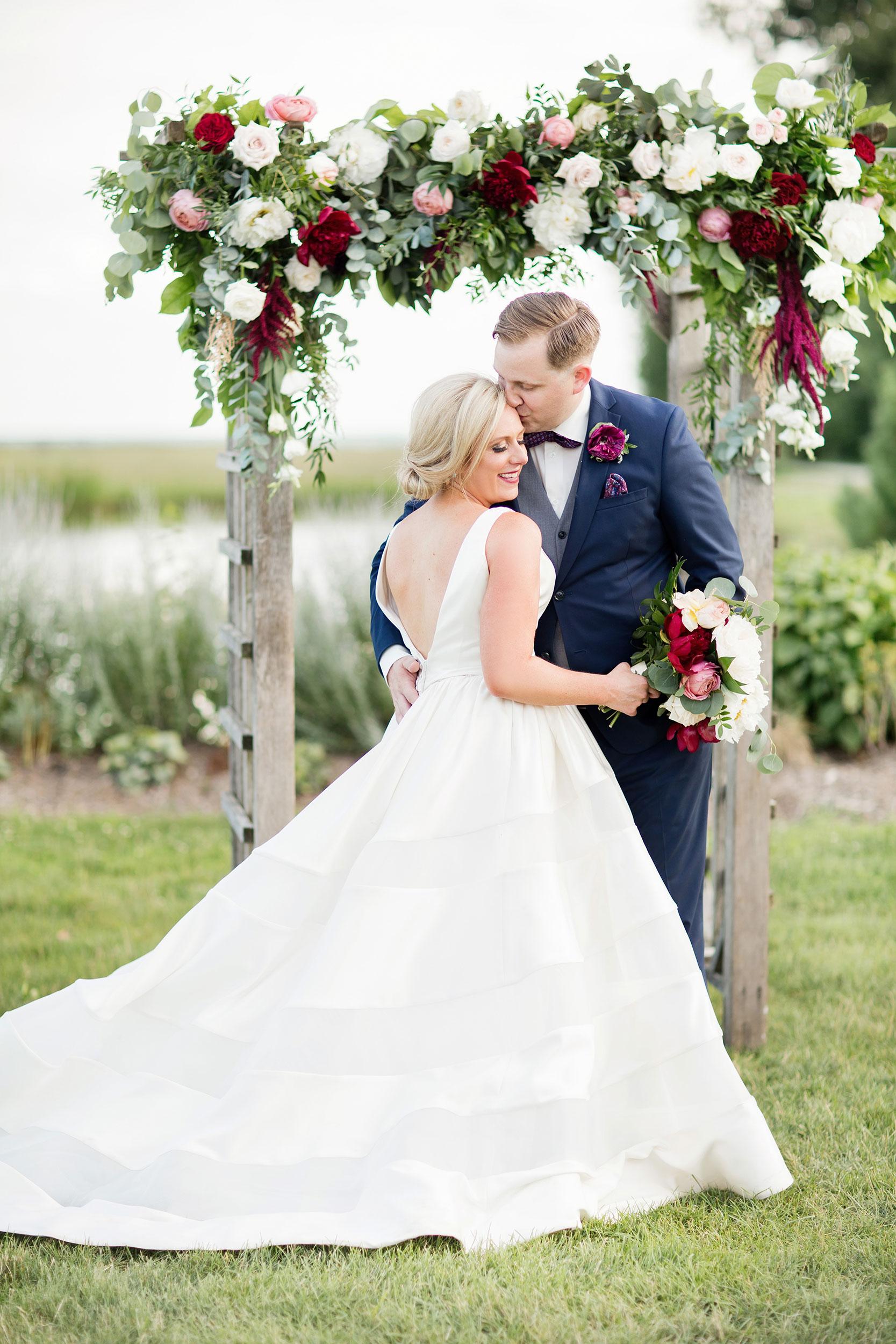 stylish-wedding-photography-windsor-toronto-ontario-wedding-photographer-winery-eryn-shea-photography-53.JPG