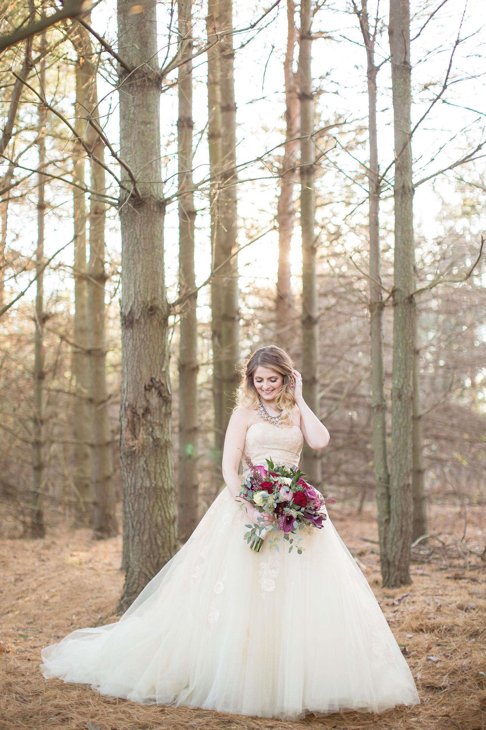 windsor-ontario-wedding-photographer-botanical-wedding-toronto-weddingbells-magazine-eryn-shea-photography-04.jpg