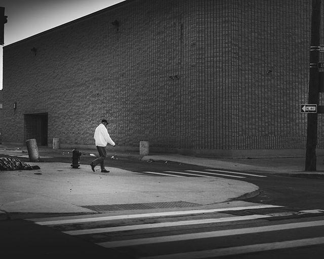Street Crossing in Downtown Detroit • • • • • • • #detroit #detroitrock #ruinporn #urbanportraits #urbanjungle #concretejungle #portaitphotography #portrait #portraits #portraiture #portraitfeed #agameoftones #ourplanetdaily #travelstagram #vzcomood #artofvisuals #moodygrams #discoverearth #visualsofearth #placetovisit #eclectic_shotz #lensbible #ig_tones #vsco #igcolor  #theimaged #earthofficial #sdphotosquad  #canon #bnwphotography