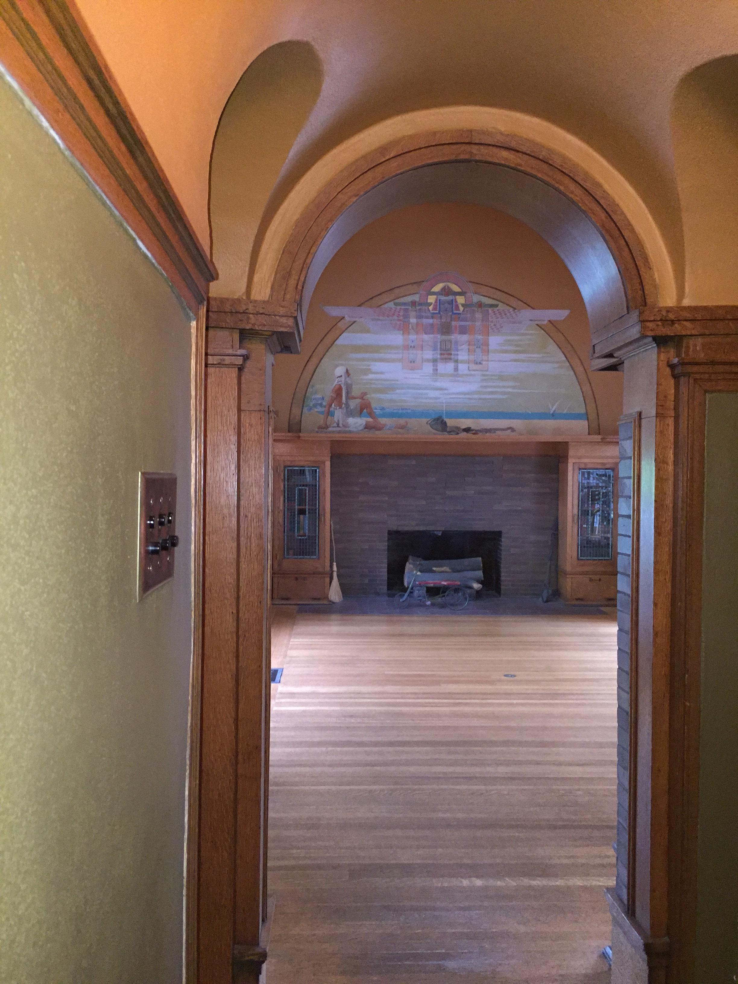 FLW hall to playroom