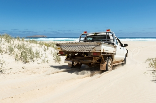 VEHICLE DRIVERS - All drivers are required to sign indemnity declarations and provide license details before driving sponsor or borrowed assets. Please see Susan Young, Jan Gielis to pre-register. We invite you to print and sign before the event. CLICK HERE for CUDGEN HEADLAND declaration. CLICK HERE for HOLDEN declaration